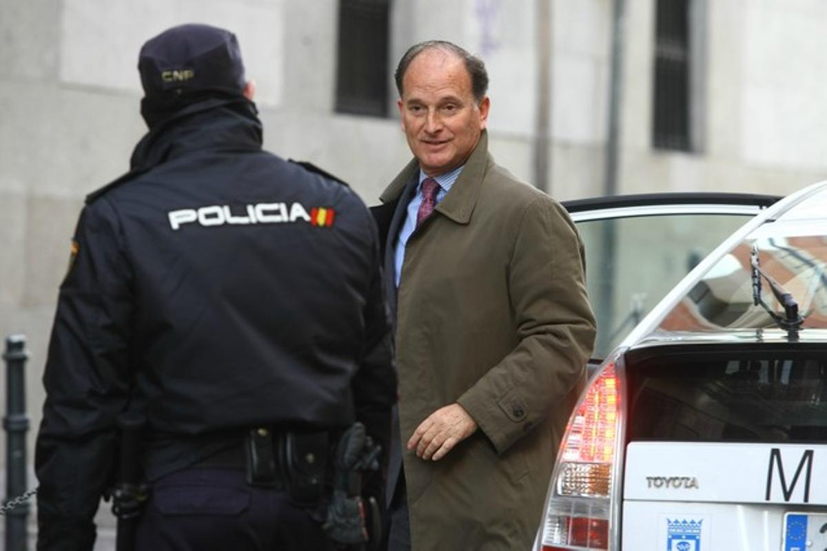 El ex de Ana Mato, Jesús Sepúlveda, llega a la Audiencia Nacional para declarar por el 'caso Gürtel', en una imagen de archivo.
