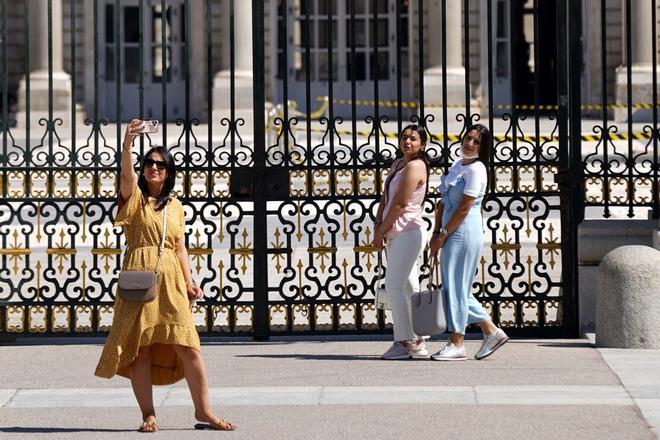 España recibió en junio 2,2 millones turistas extranjeros, 10 veces más que en el 2020