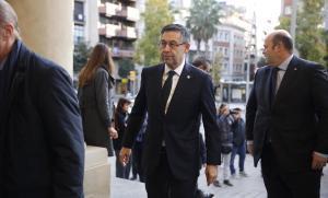 Josep Maria Bartomeu y Òscar Grau, en el sepelio de Josep Lluís Núñez.