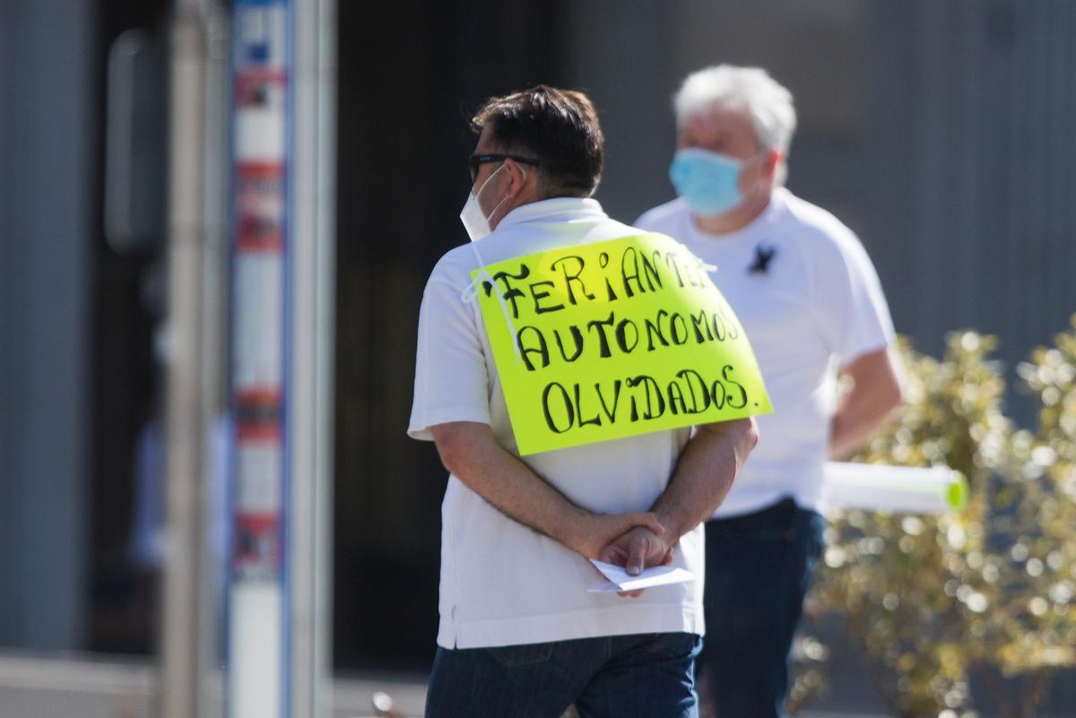 Els impagaments ofeguen els autònoms després d'un any de pandèmia