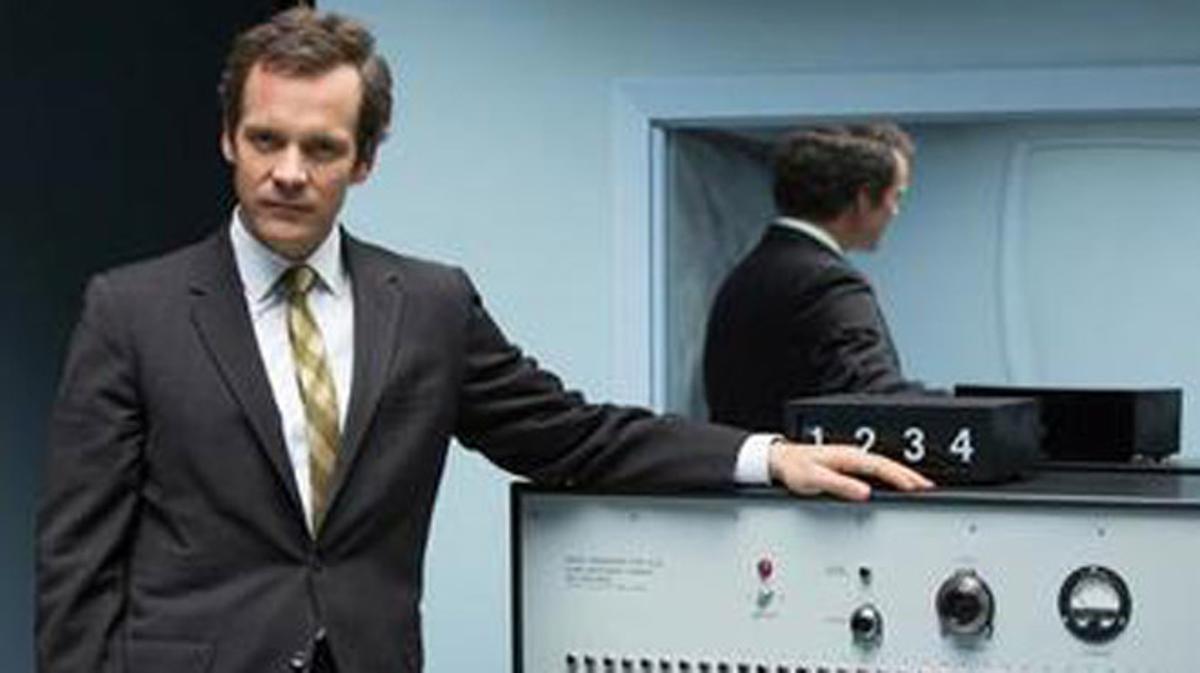 Tráiler de 'Experimenter: La historia de Stanley Milgram'. (2015)