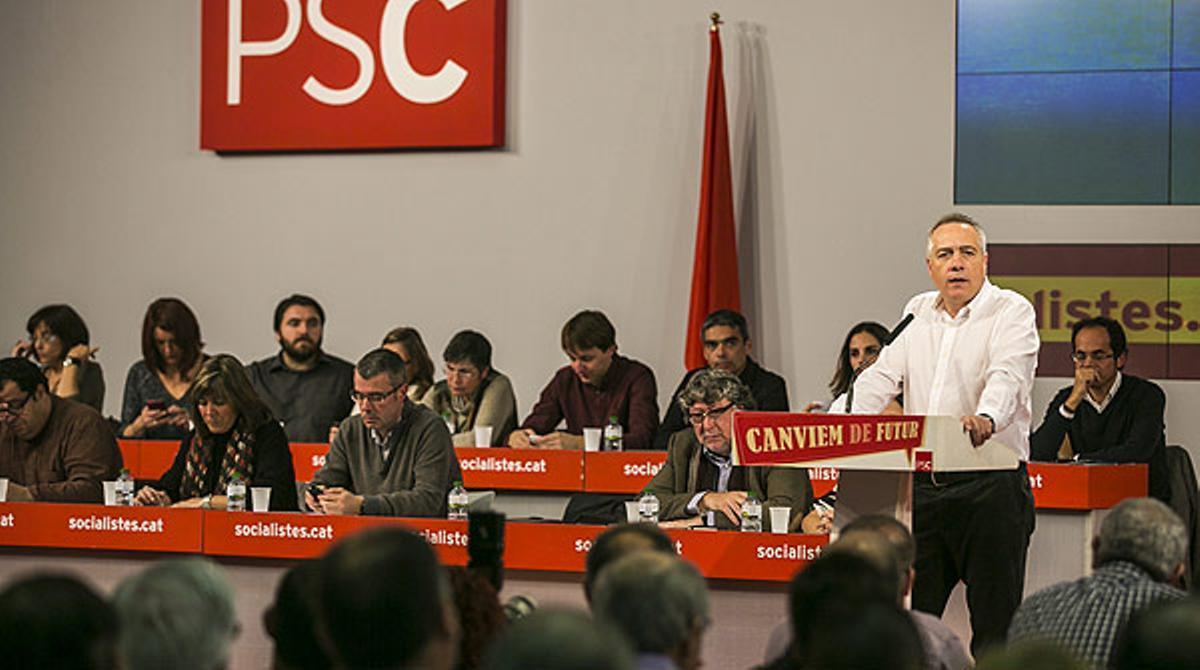 Pere Navarro, en su intervención en el consejo nacional extraordinario del PSC