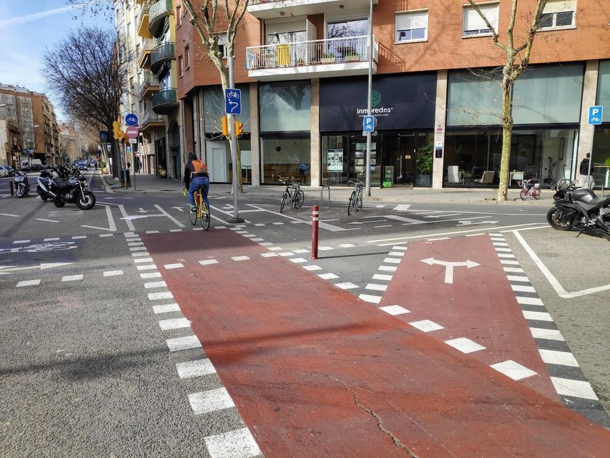 La dificultat d'entendre els carrils bici de Consell de Cent amb Cartagena