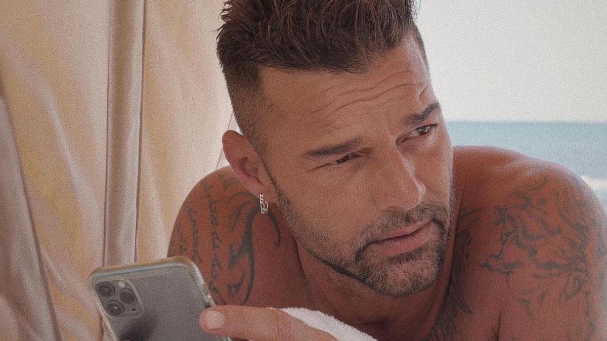 Ricky Martin anima a todo el mundo a vacunarse contra el covid