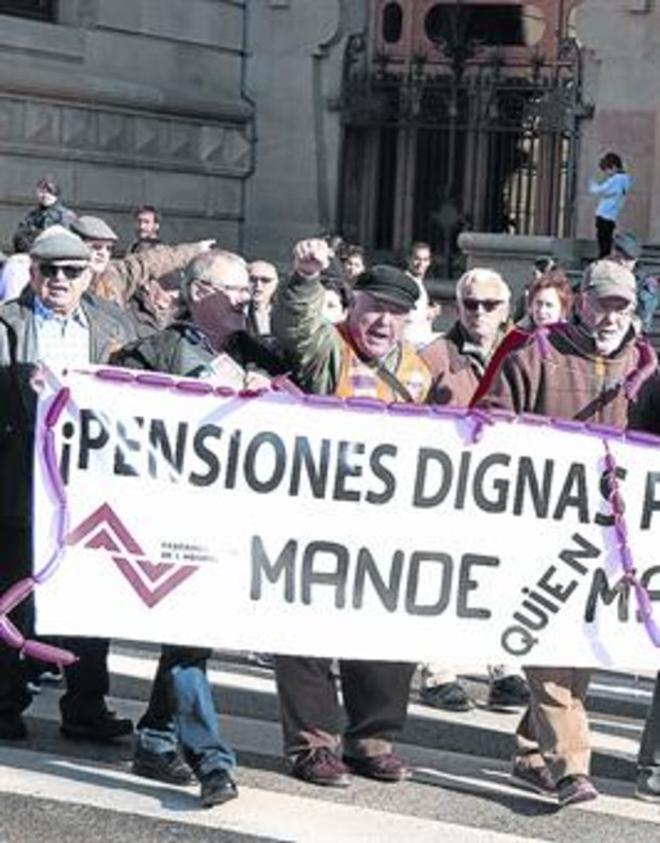 Protesta de jubilados exigiendo el cobro de unas pensiones dignas.