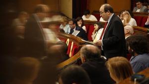 Miquel Iceta en el Parlament.