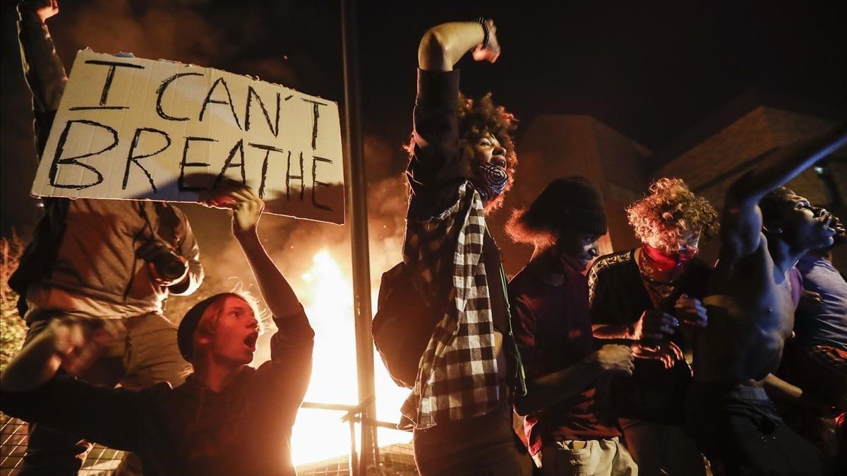 Protestas por la muerte de George Floyd en Minneápolis.