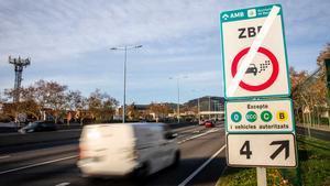 El cardiólogo del Hospital de la Vall d'Hebron de Barcelona Jordi Bañeras considera que urge que disminuya la contaminación en Barcelona.