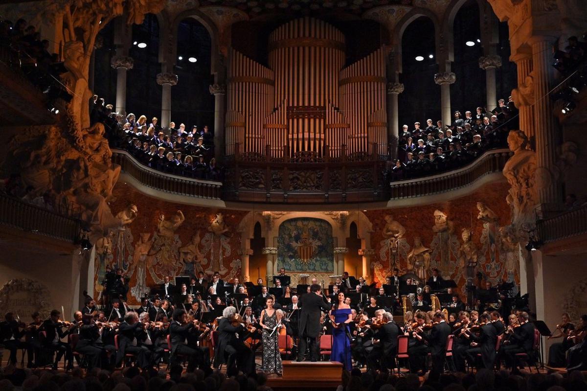 El Palau de la Música ofrece la posibilidad de ver grandes conciertos.