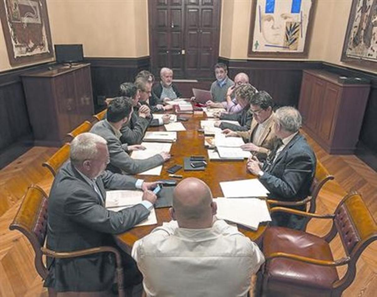 Reunión de la ponencia sobre la ley electoral catalana, el 6 de marzo del 2015, en el Parlament.