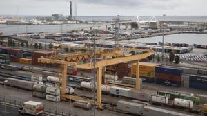 La nova connexió per tren i carretera amb el port de Barcelona reprèn impuls