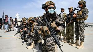 EEUU pone fin a dos décadas de fallida misión en Afganistán