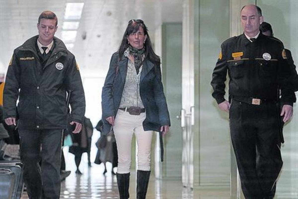 María Victoria Álvarez, tras declarar en la Ciutat de la Justícia de L'Hospitalet, el pasado 18 de marzo del 2013.
