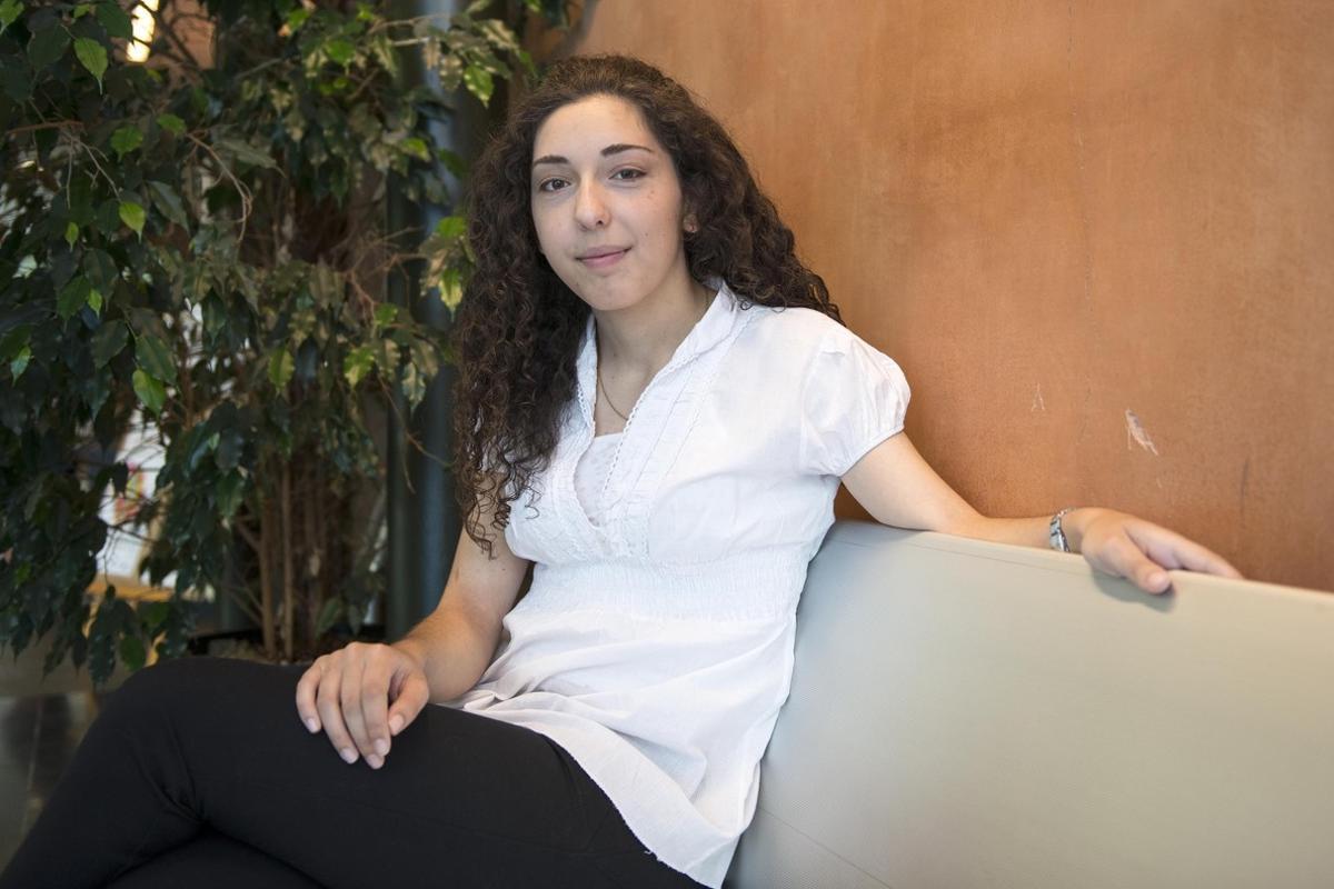 Maria S. Montero, estudiante de 19 años.