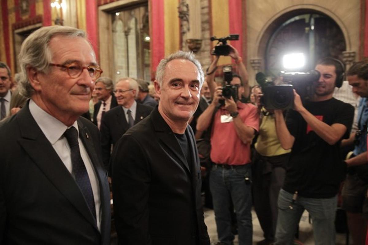 Pregón de inicio de las fiestas de la Mercè con el alcalde de Barcelona, Xavier Trias, y Ferran Adrià de pregonero