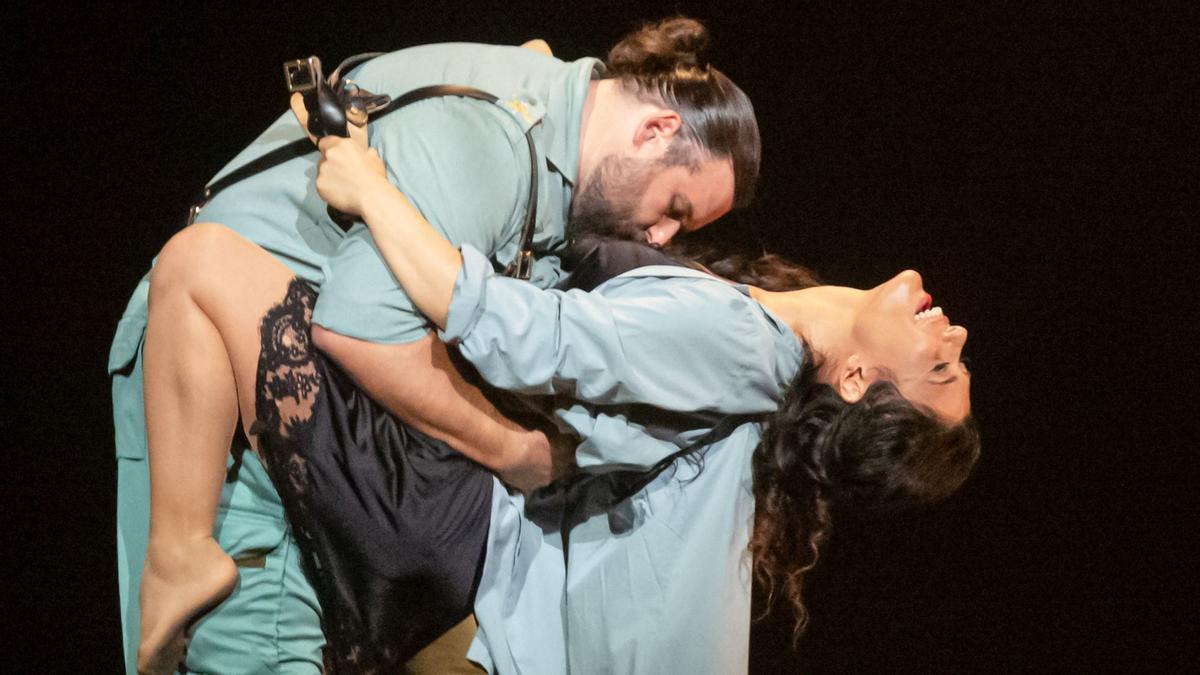 Annalisa Stroppa y Jean François Borras en un momento de 'Carmen' en el Teatro Massimo de Palermo.