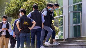 Hong Kong deté cinc directius del diari 'Apple Daily' per «confabulació»
