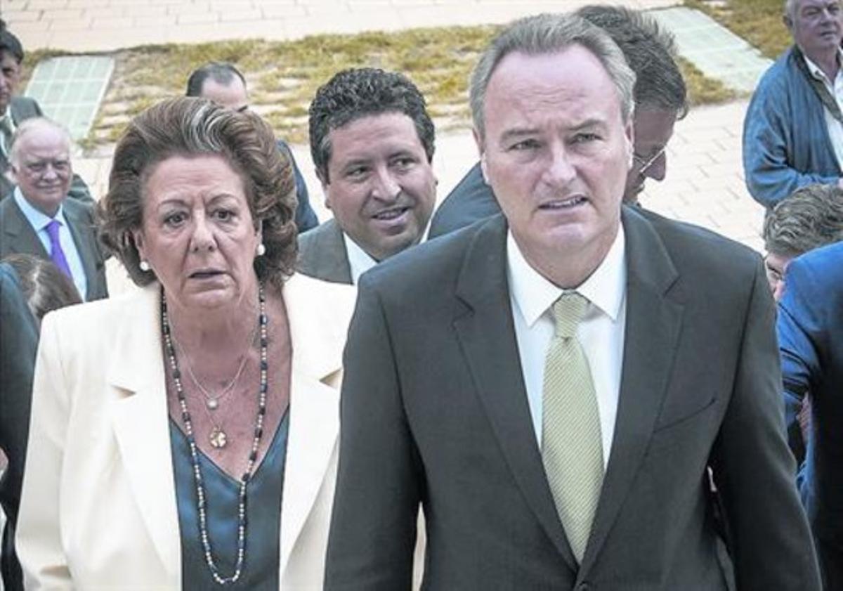 La alcaldesa Rita Barberá, y el presidente Alberto Fabra, el pasado lunes en Valencia.