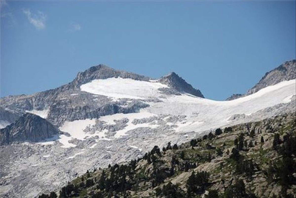Vista general del glaciar delAneto.