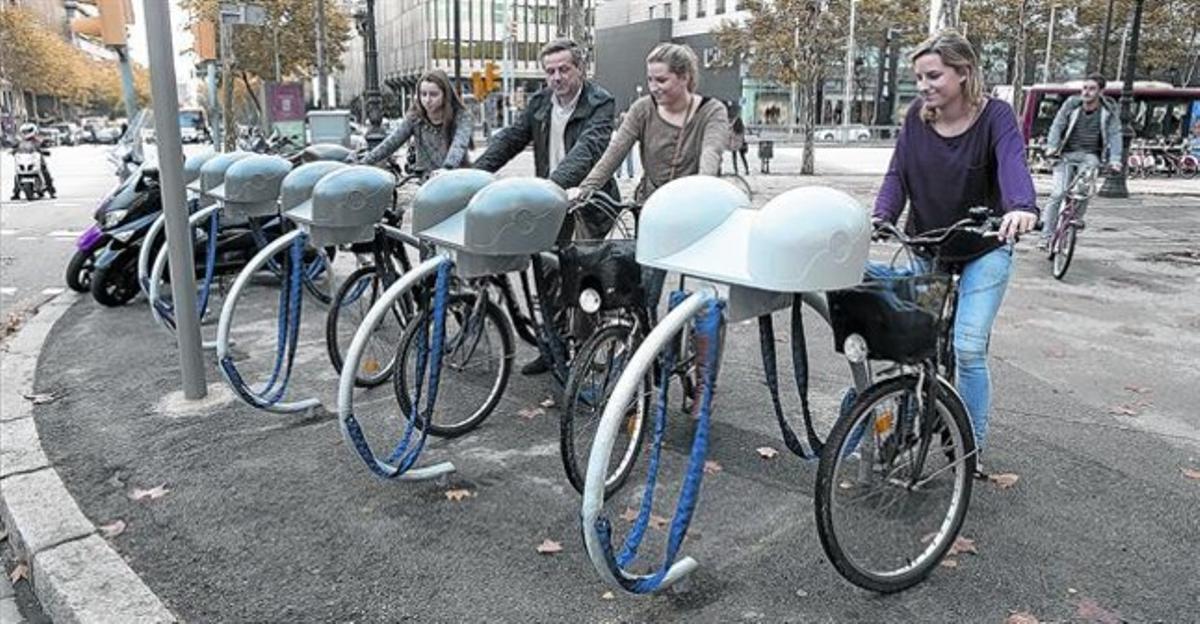 ¿Estan col·lapsats els aparcaments de bicicletes a Barcelona?
