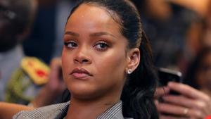 Rihanna enfonsa Snapchat per riure's de la pallissa que li va donar el seu exnòvio Chris Brown