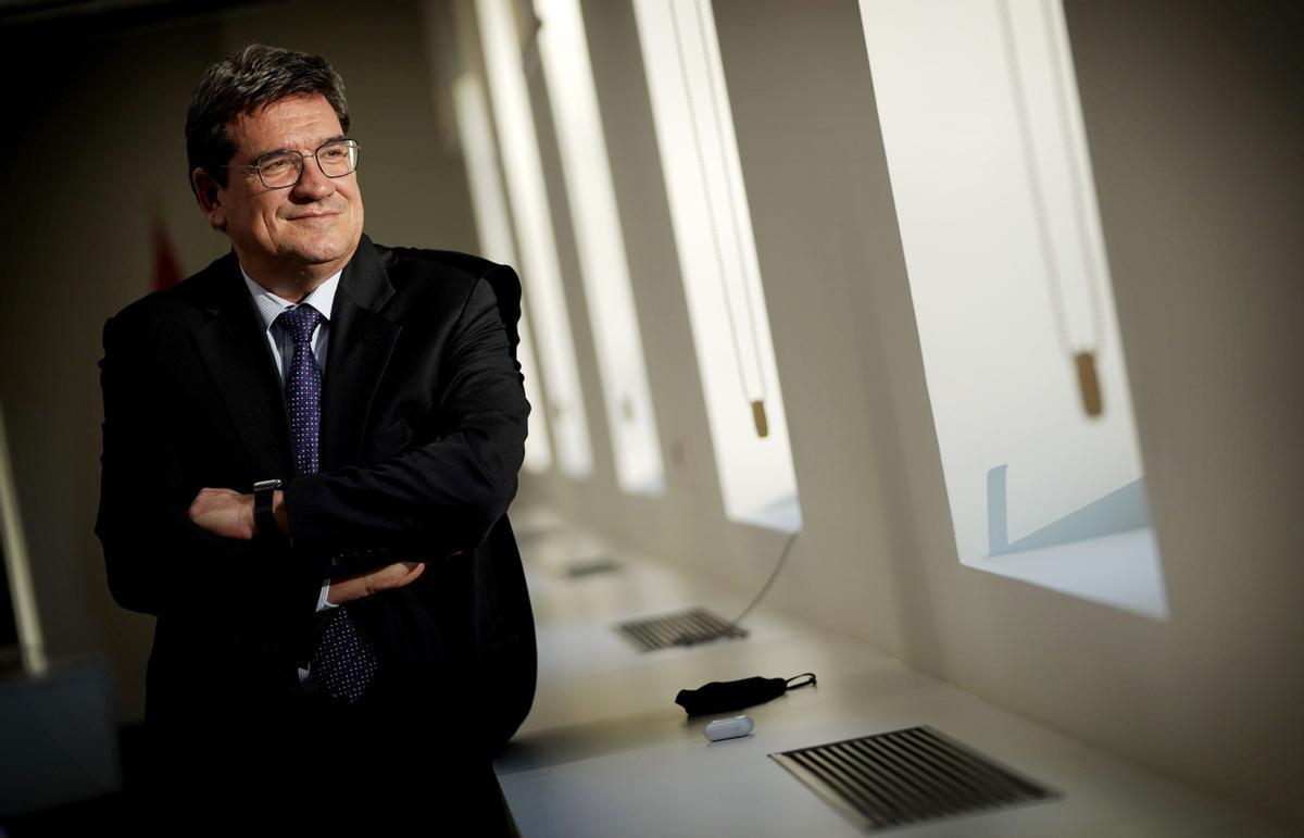 José Luis Escrivá, ministro de Inclusión, Seguridad Social y Migraciones, durante la entrevista.