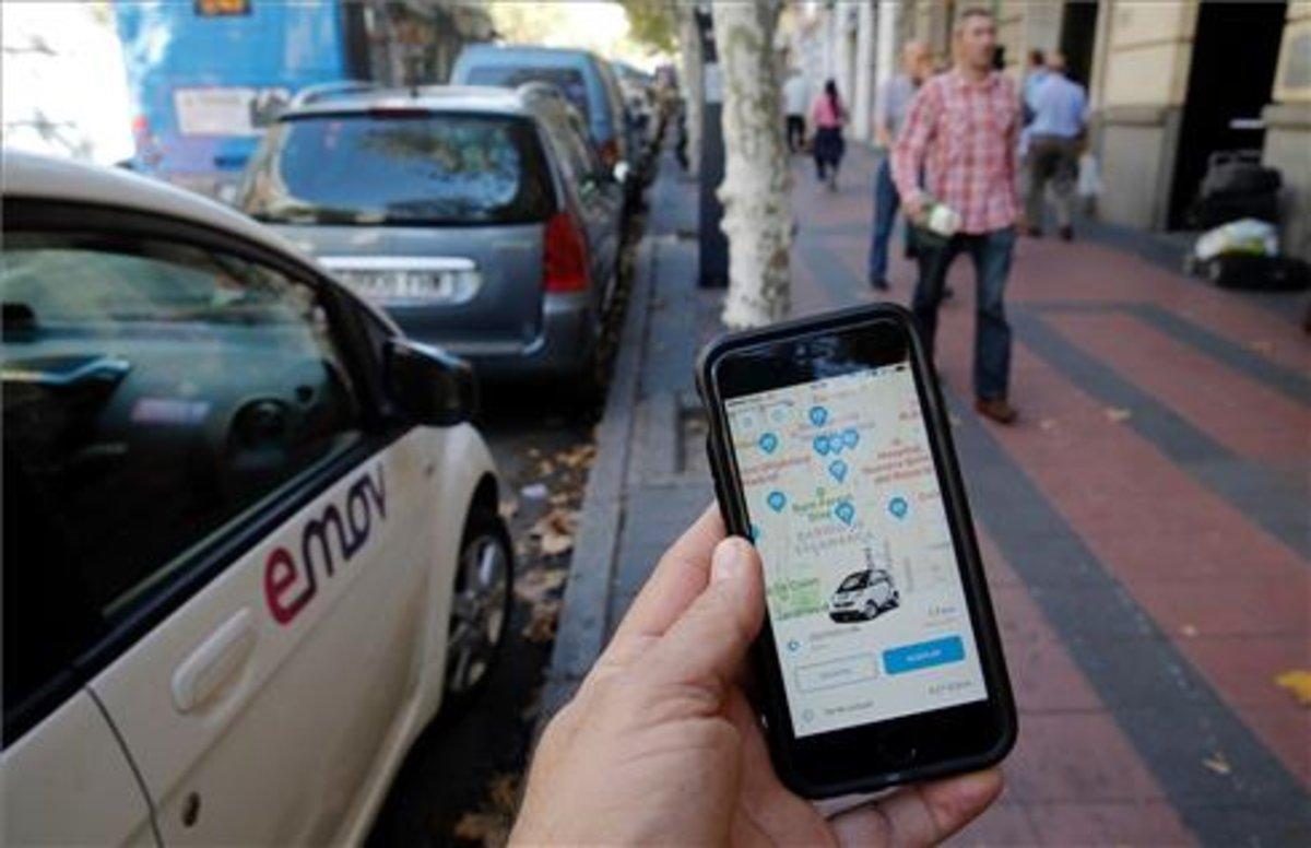 Te ayudamos a comparar y elegir coche eléctrico para moverte por Madrid