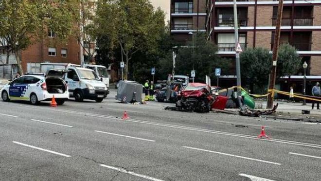Muere un motorista en un accidente en Barcelona con una conductora ebria
