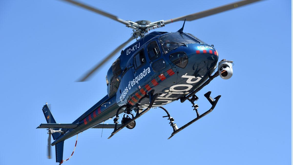 Un helicóptero de los Mossos.