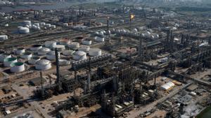 Vista aérea de una refinería Shell en Texas.