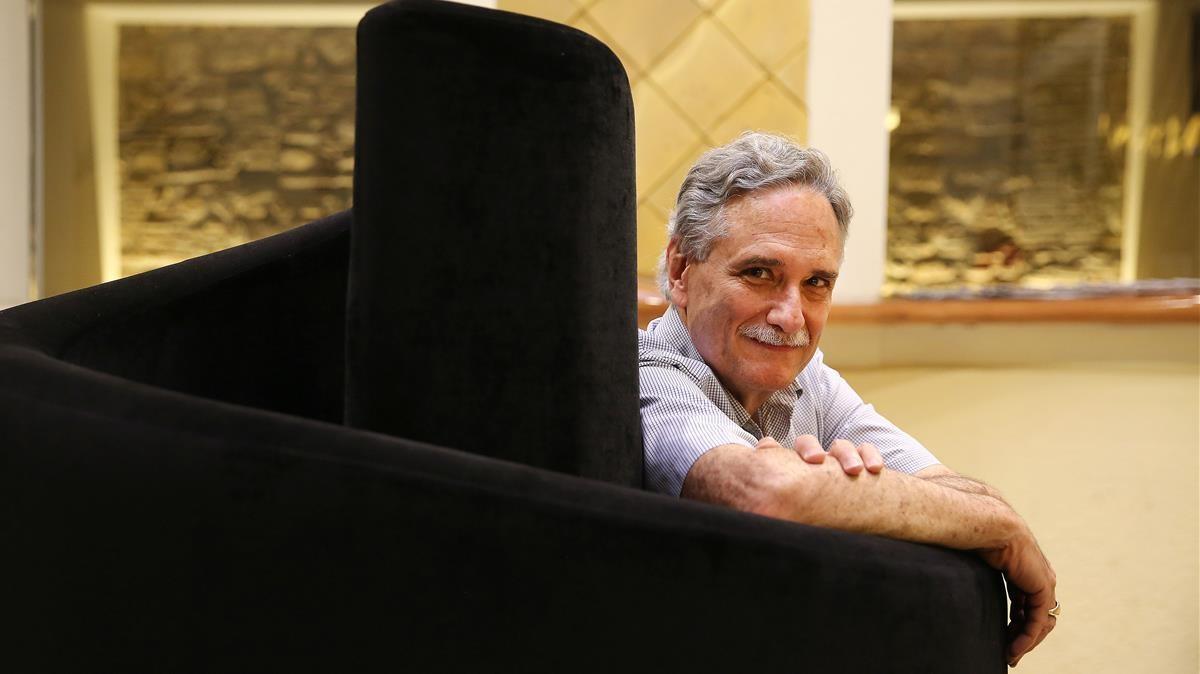 El psicólogo americano Robert Slavin, máximo impulsor del aprendizaje cooperativo, durante una entrevista en Barcelona en julio de 2018.