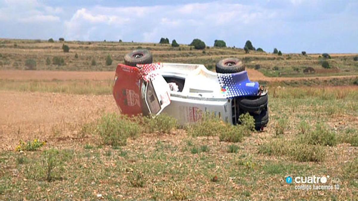 Así quedó el coche con Rivera y Calleja (Cuatro).