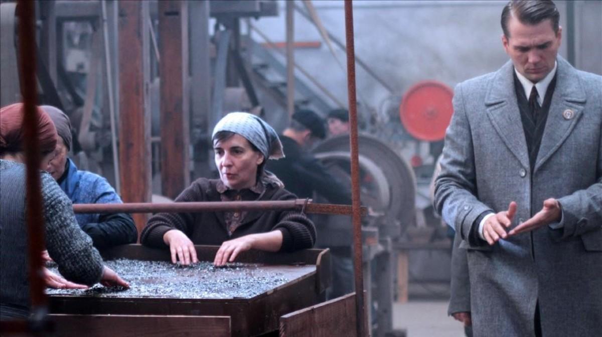 Fotograma de la película 'Lobos sucios'.