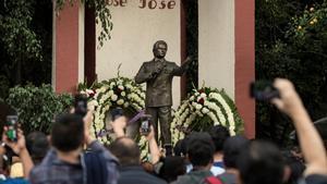 La alcaldía de la capital anunció que el 4 de octubre se realizará un karaoke masivo con temas de José José.