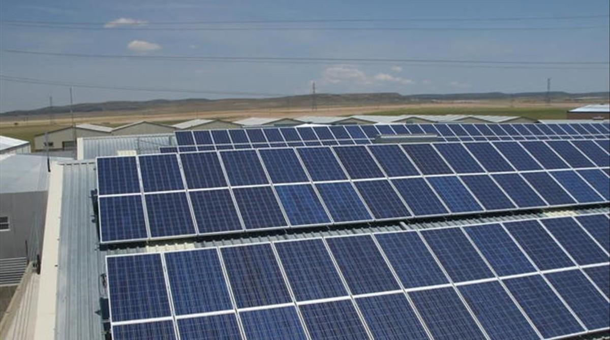 Instalación fotovoltaica en el techo de las instalaciones de Seat en Martorell.