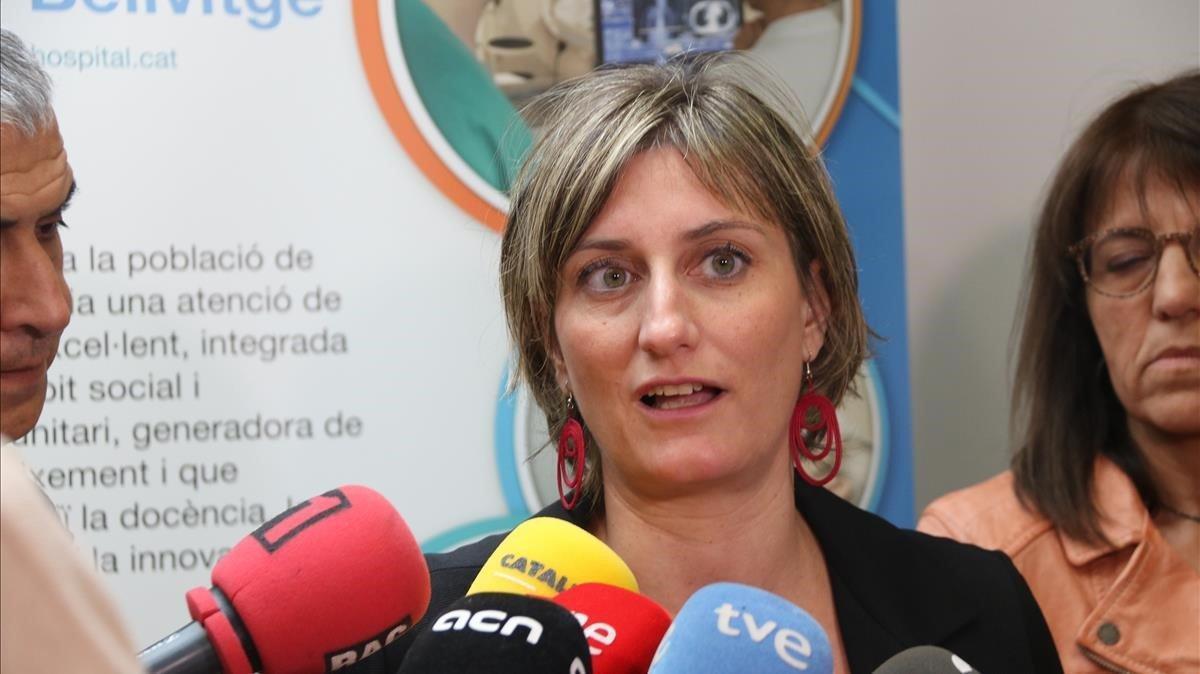 La 'consellera' de Salut, Alba Vergés, este viernes en el Hospital de Bellvitge.