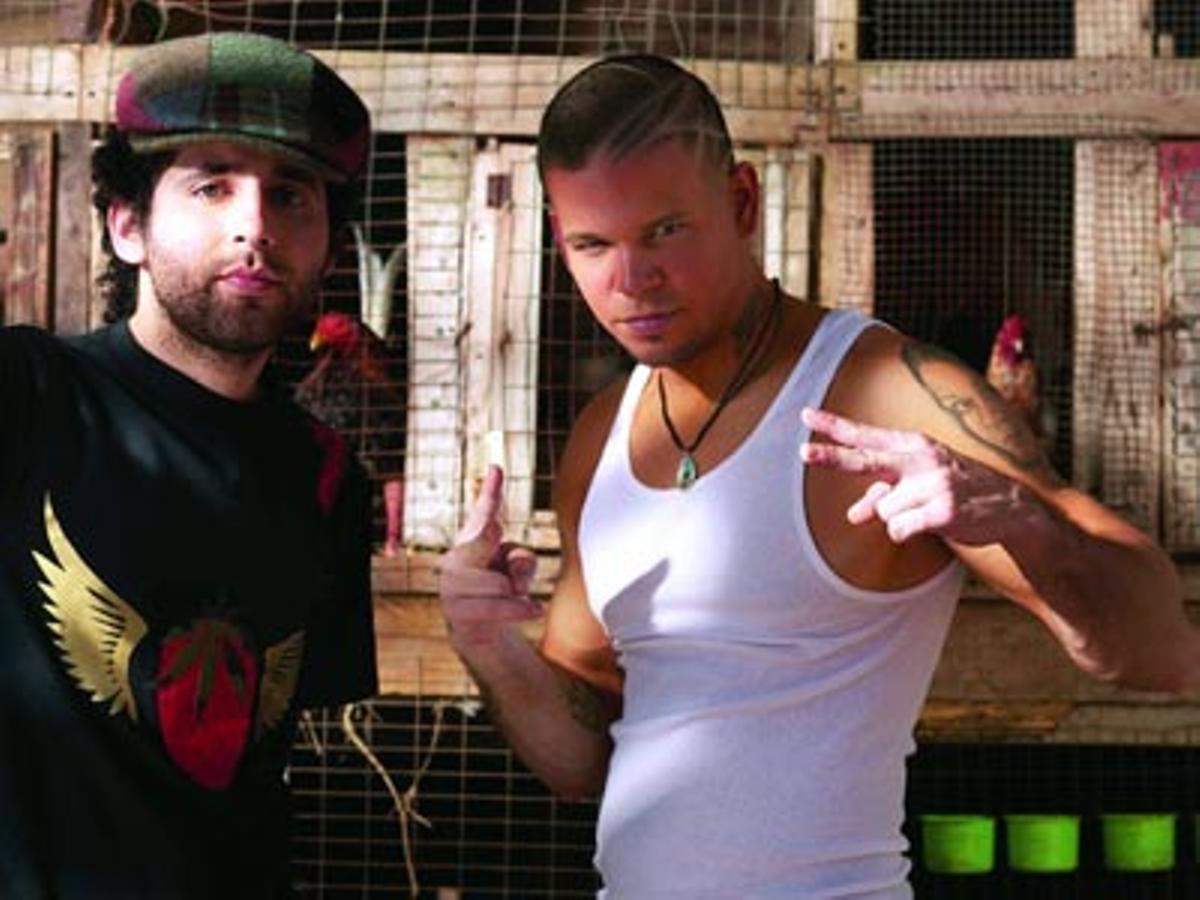 'Vamo' a portarnos mal', el nuevo sencillo de la banda puertorriqueña, del disco 'Detonación C-13'.