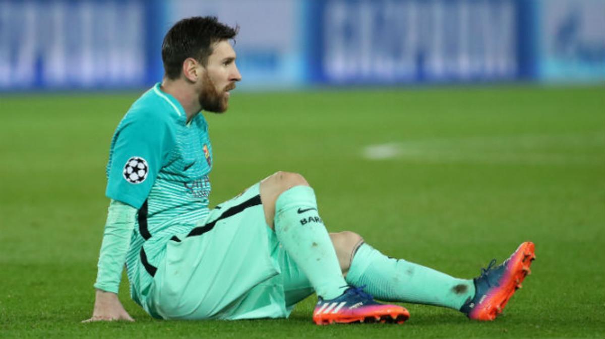 Messi, ayer, durante el partido entre el Barça y el PSG en París.