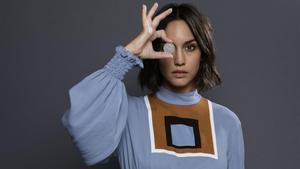 La actriz Megan Montaner, en una imagen promocional de la serie '30 monedas'.