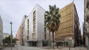 APROP Ciutat Vella, popularmente conocido como la casa de contenedores, finalista en la categoría de Arquitectura de los Premios FAD.