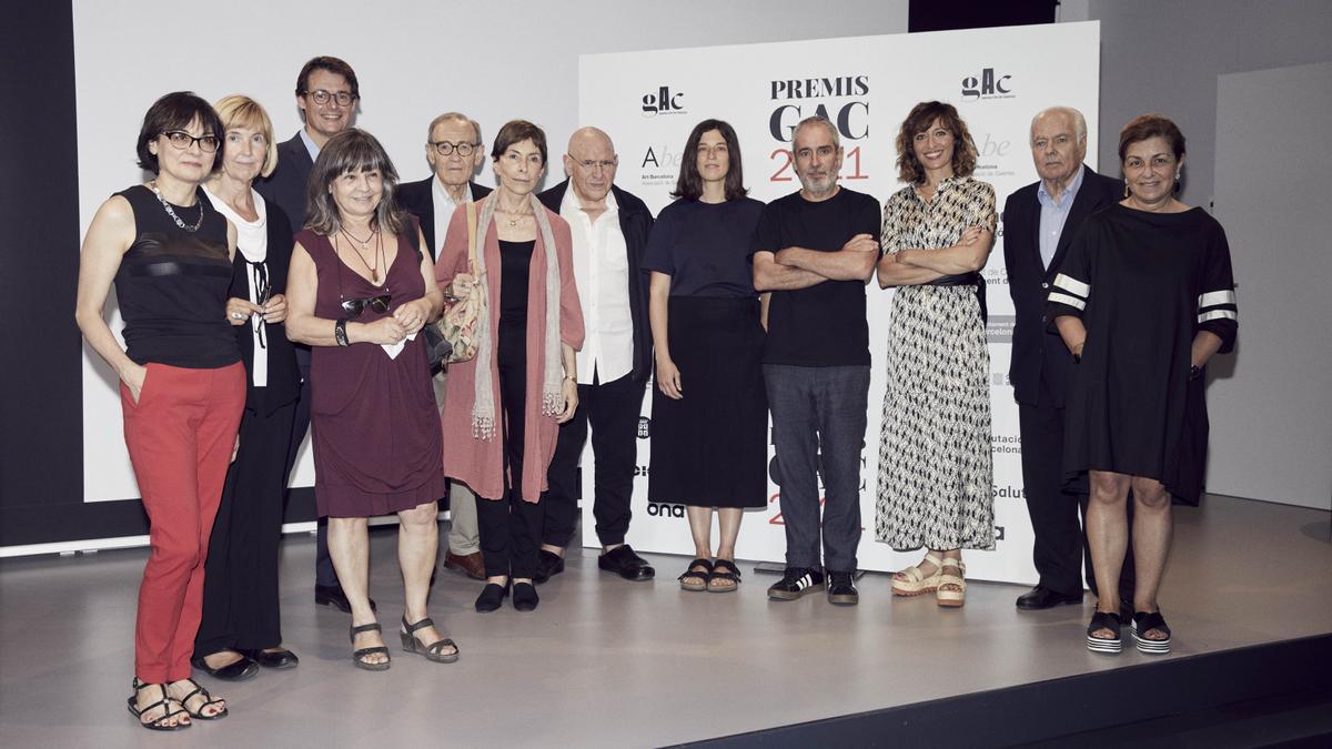 Foto de familia de los ganadores de los premios GAC, este lunes.