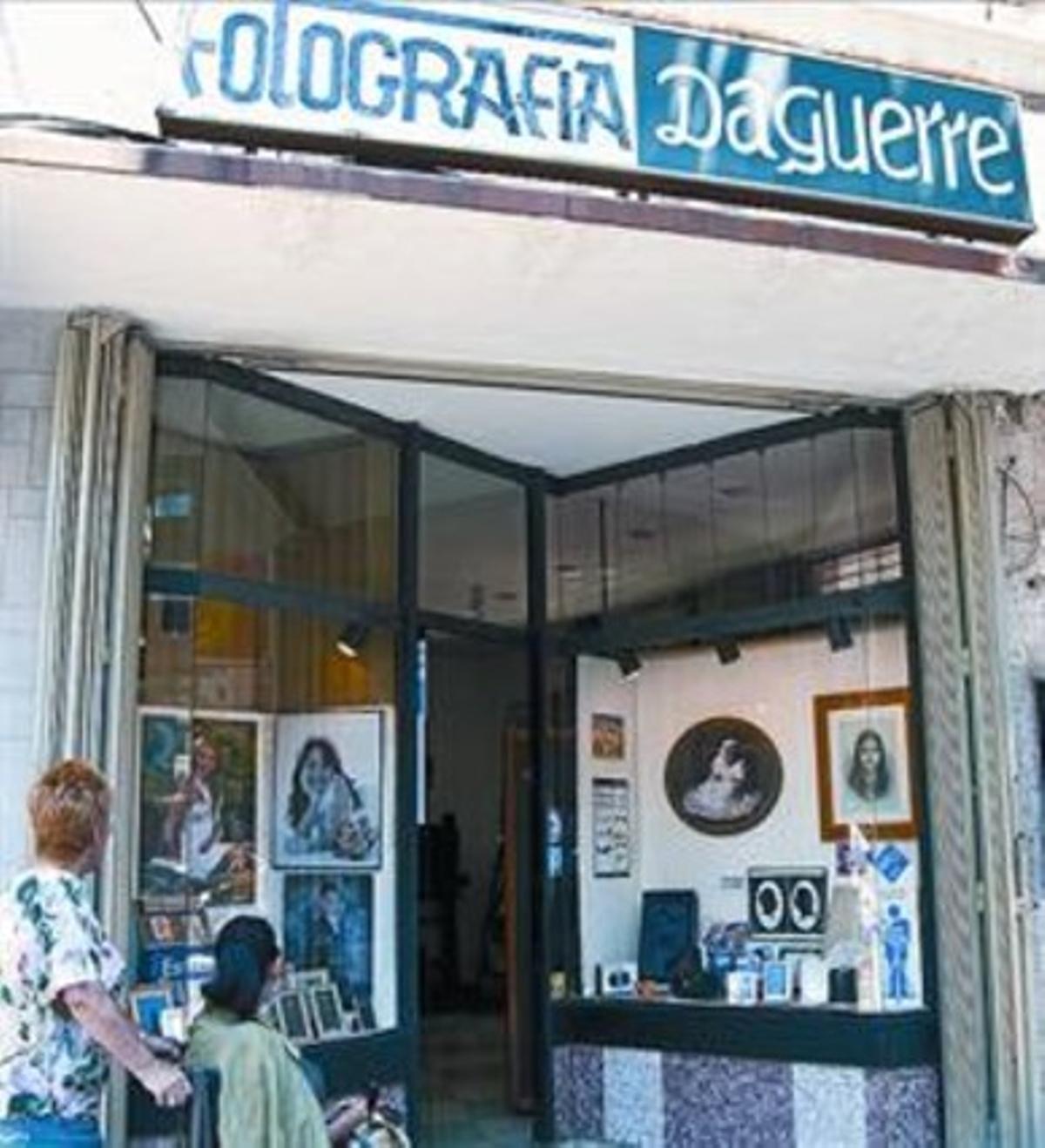 Fotos centenarias 8Fachada de la sede del estudio Daguerre.