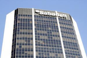 Exterior de la sede central del Banc Sabadell en Barcelona