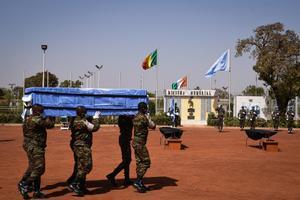 Almenys nou morts en un atac gihadista a una base de les Forces Armades de Mali a Boni