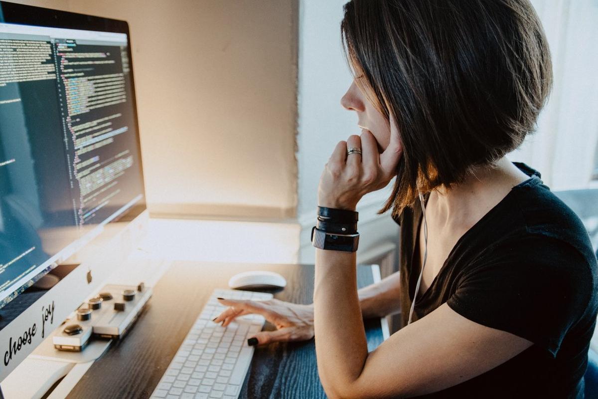 Las habilidades relacionadas con ciberseguridad, automatización de procesos y marketing son las que más se demandan.