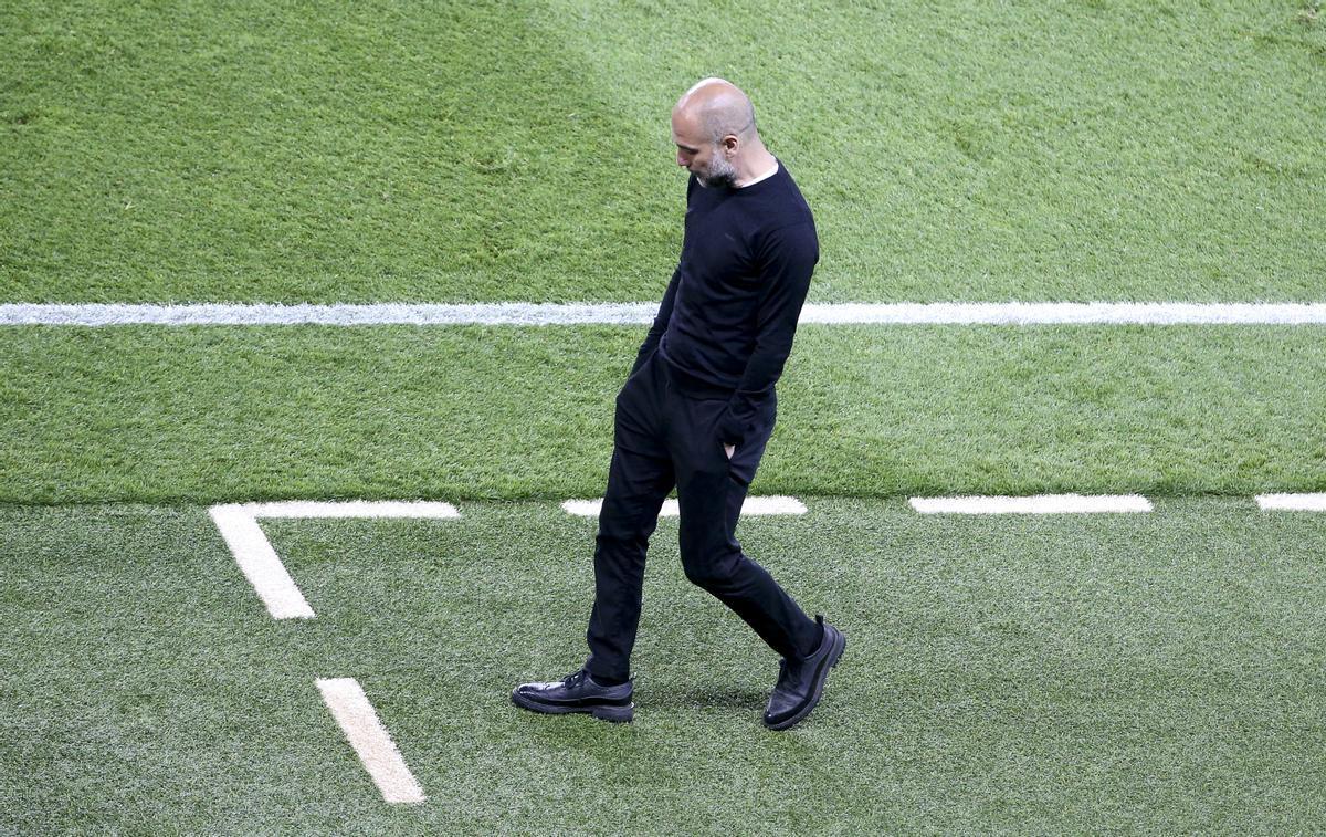 Pep Guardiola, en la Champions, en la zona técnica, en París.