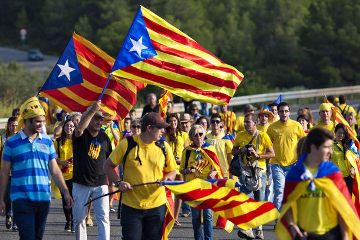 Participantes en la Via Catalana, el pasado 11 de septiembre, durante la Diada.