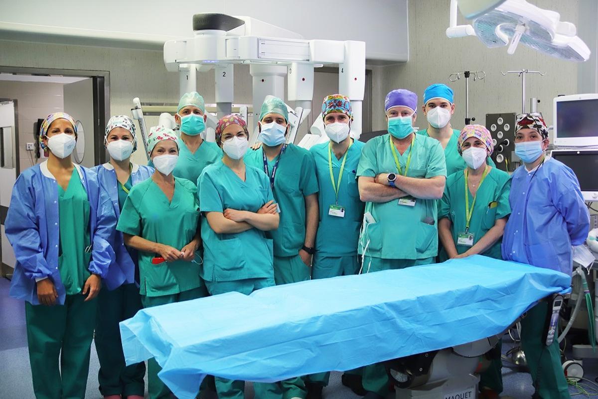 Equipo de cirugía del Hospital Can Ruti de Badalona.