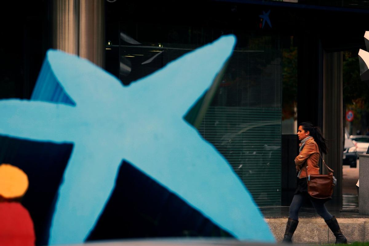 Oficina de CaixaBank en Barcelona.