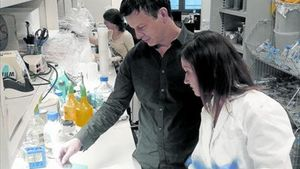 NANOTECNOLOGIA.Bernart Crosas en su laboratorio del Instituto de Biología Molecular de Barcelona, esta semana.